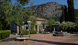 THE BENAKI MUSEUM AND ARIA HOTELS COLLABORATE AT THE  PATRICK AND JOAN LEIGH FERMOR HOUSE