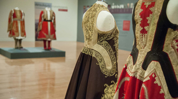 "Guided tours to the exhibition ""Ioanna Papantoniou. «Doulamas» the magnificent An exceptional overcoat"""
