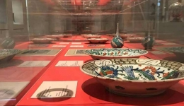 "Guided tours to the exhibition ""Iznik: A Fascination with Ceramics"""