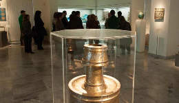 History seen through the objects of the Benaki Museum of Islamic Art: The curators of the collections give guided tours to the public