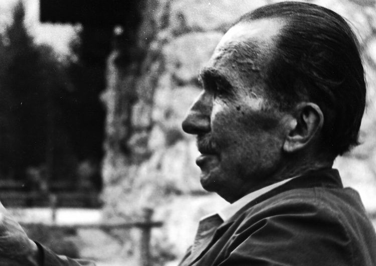 NIKOS KAZANTZAKIS the Eternal World-roamer